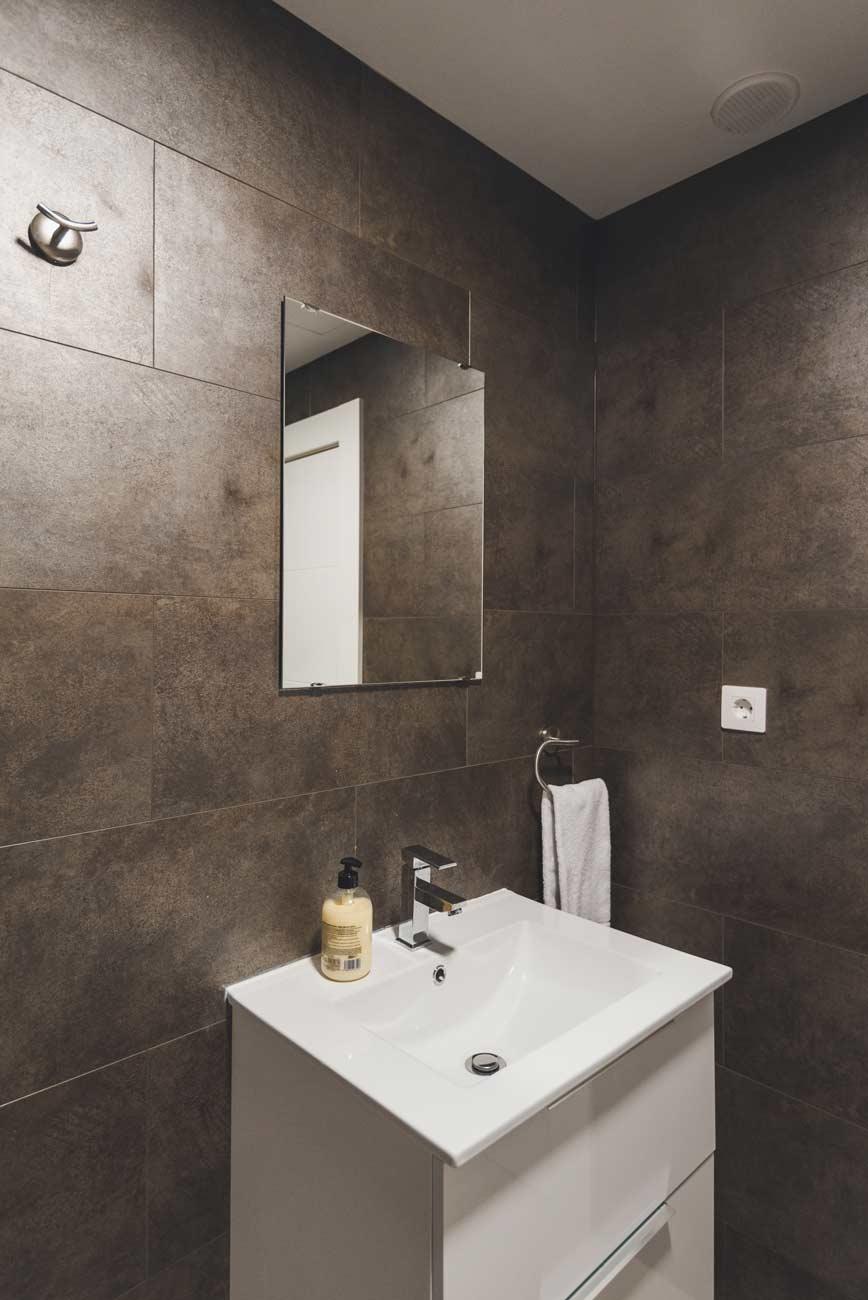 apartamentos-en-corralejo-bano-3